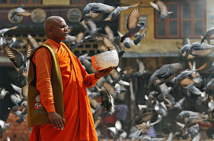Katmandu-Nepal-A-Buddhist-010