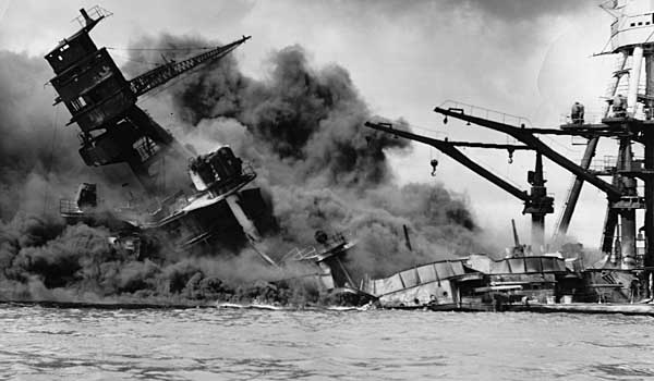 japans war with china and the attack on pearl harbor Japan launched a daring attack on pearl harbor crucial for the japanese war machine japan was heavily in china and southeast asia.